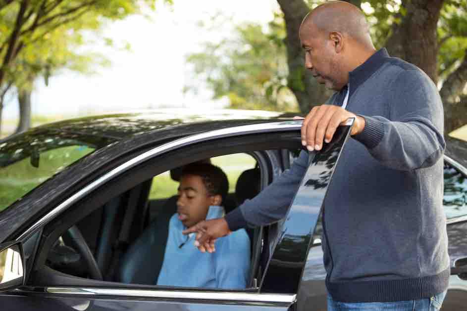 Der Lernfahrausweis ist nicht gleich wie der normale Führerschein - Auf diese Einschränkungen musst du mit dem Blauen L achten