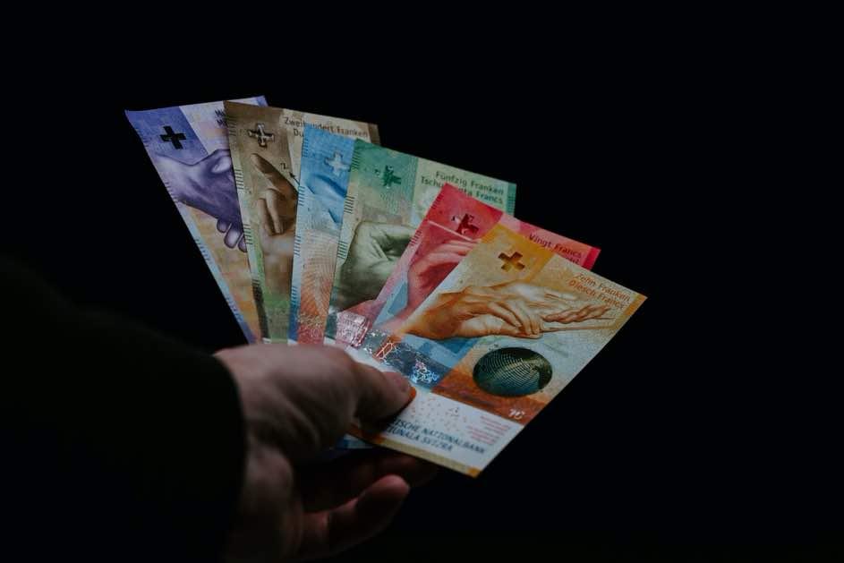 Schweizer Autoführerschein Kosten und Geld sparen auf dem Weg zum Führerschein!